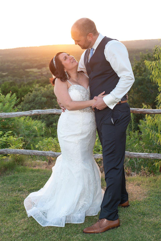 bride and groom sunset photos at dove at dove ridge vineyard